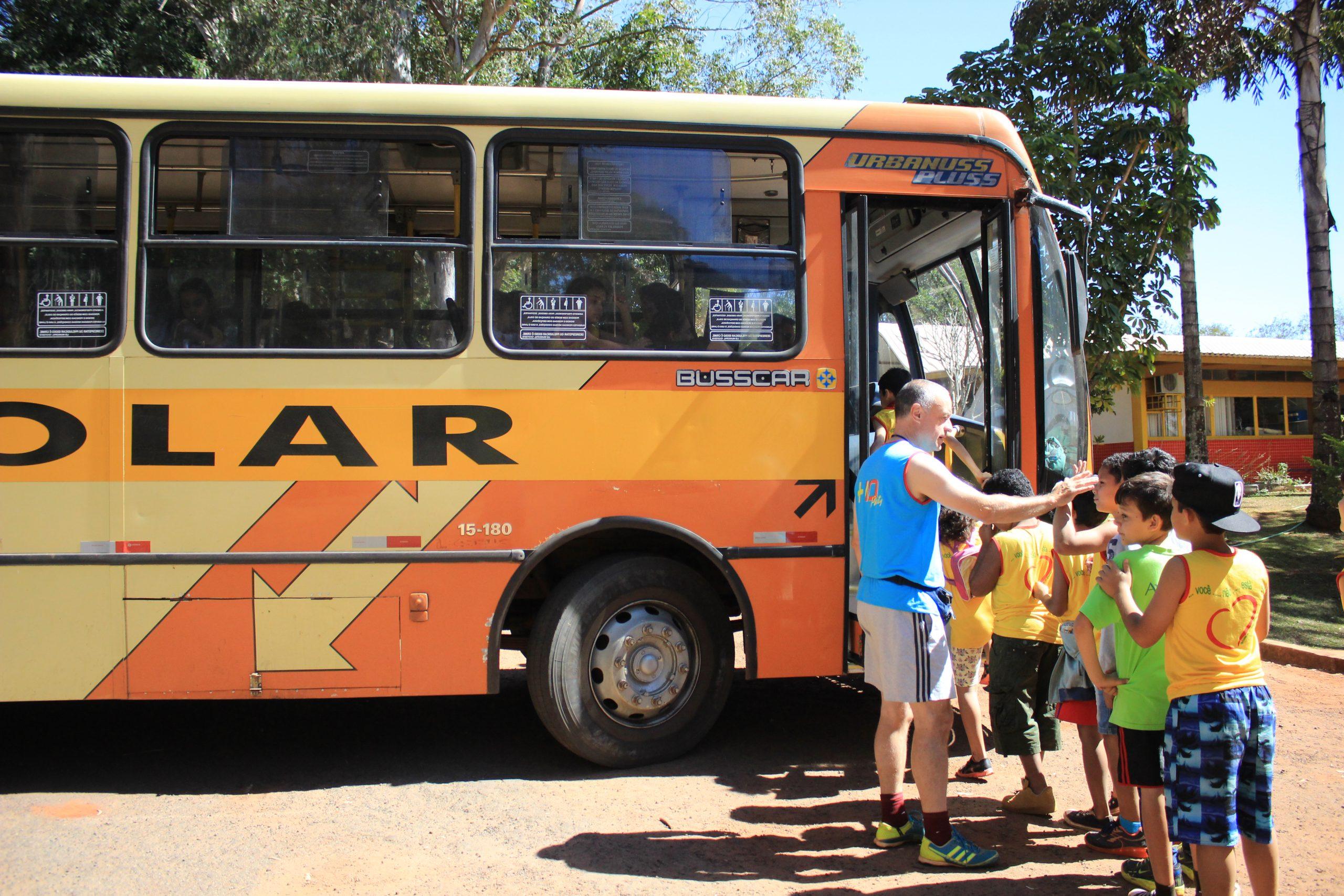 2017-Il pullman dei ragazzi al São Julião